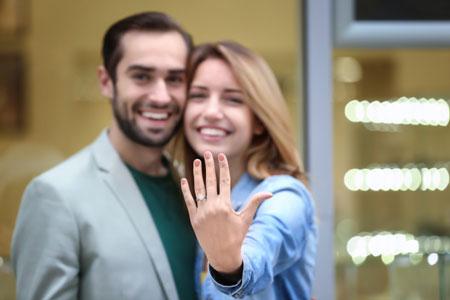 رابطه با خانواده همسر در دوران عقد